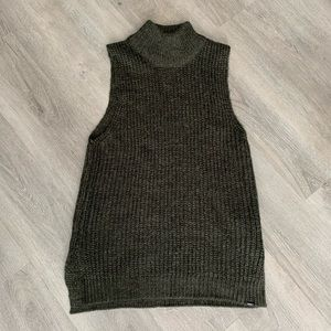 OBEY turtleneck tank top sweater shirt small